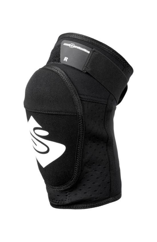 Sweet Protection Bearsuit Light Kneepad  TRUE BLACK